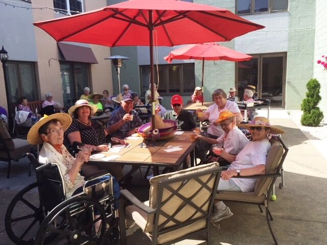 Bethany Village - Courtyards Center Court Happy Hour